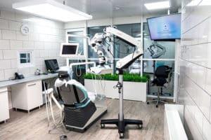 Стоматологический кабинет с микроскопом
