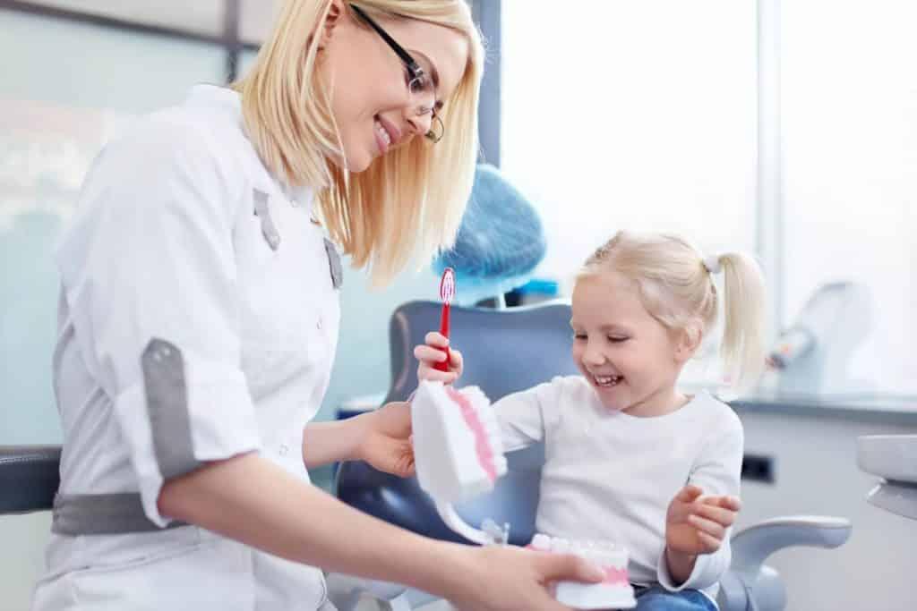 Диагностика заболеваний молочных зубов