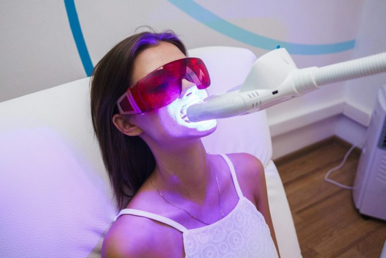 Холодное отбеливание зубов