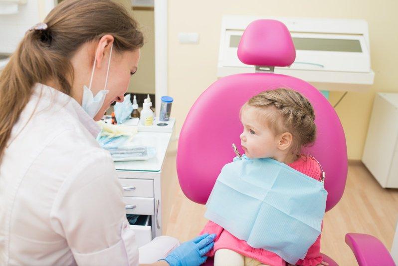 В каком возрасте посетить детского зубного врача-ортодонта?