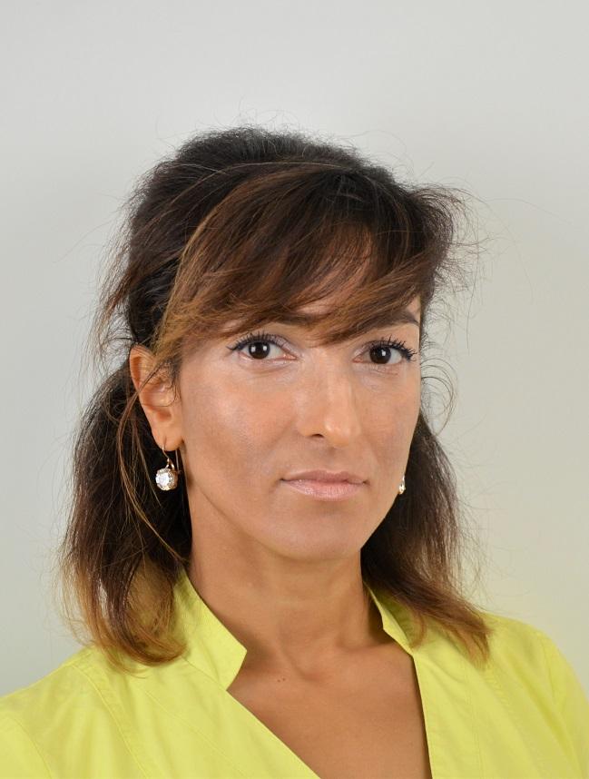 Романова Ольга Михайловна терапия, эндодонтия, хирургия, ортопедия. Прием в т.ч. на английском языке Стоматолог с более чем 17-летним стажем в области терапии, эндодонтии, хирургии и ортопедии.
