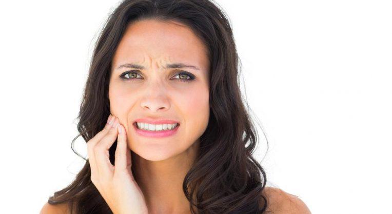 Болит зуб от холодного воздуха