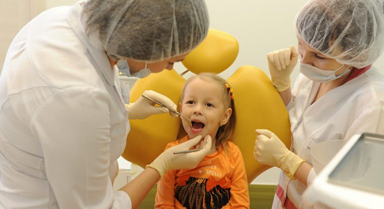 Какими методами лечит детский стоматолог-ортодонт?