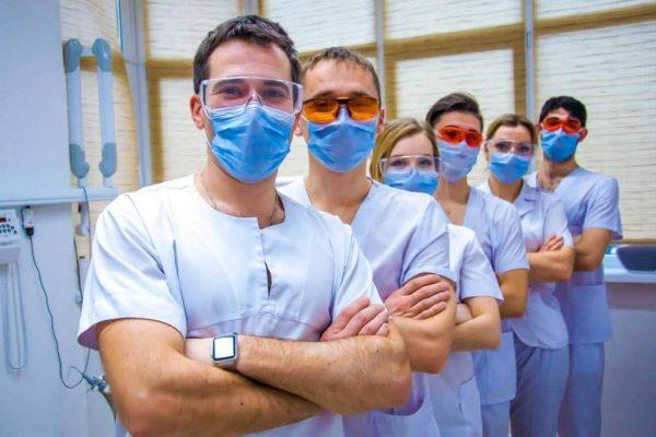 Как терапевт связан с другими докторами